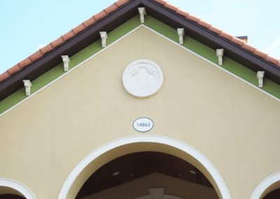 1920-Corbel 19, Lighthouse Key w arch, medallion