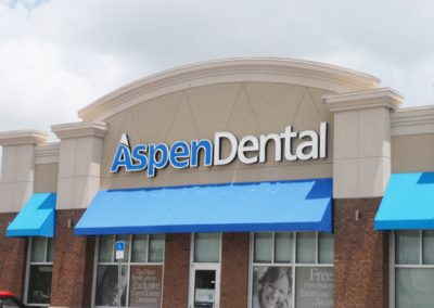 1920-Signage 6, building front close up Aspen Dental